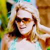 ★: carrie underwood → sunglasses