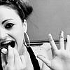 Leesie: maria//black and white