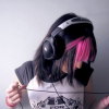 theskyyends: girl with head phones
