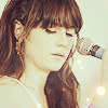 jennymo93: Zooey lights