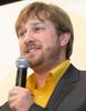 Портрет с микрофоном