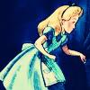 Алиса идет в Страну Чудес