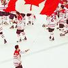 La fille qui ri: Canada Hockey