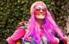 Аня в розовом парике