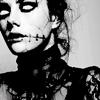 Elsa Lanchester: ee black kitties!