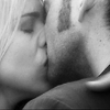 Doctor Who: 14Rose BW kiss