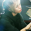 Jonghyun reading